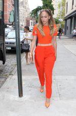 JENNIFER LOPEZ Leaves Her Apartment in New York