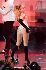 JENNIFER LOPEZ Performs at Fashion Rocks 2014 in New York