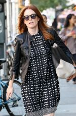 JULIANNE MOORE Out and About in New York 1209