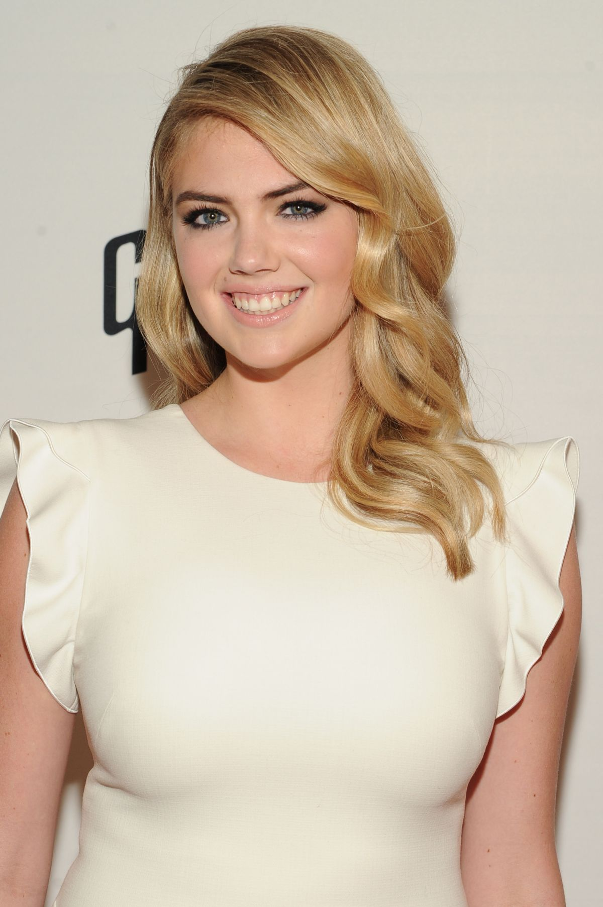 KATE UPTON at Stand Up 2 Cancer Live Benefit in Hollywood