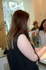 KELLIE PICKLER at Pandora Jewelry Best Friends Shopping Spree in Nashville