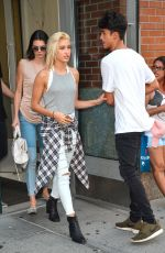 KENDALL JENNER and HAILEY BALDWIN Leaves an Apartment in New York