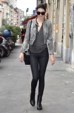 KENDALL JENNER Out and About in Milan