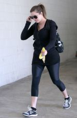 KHLOE KARDASHIAN Arrives at a Gym in Los Angeles 2409