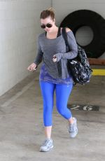 KHLOE KARDASHIAN Heading to a Gym in Los Angeles