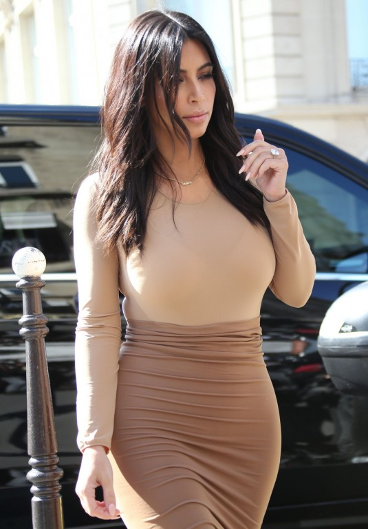 kim-kardashian-leaves-le-royal-monceau-hotel-and-out-shopping-in-paris_89