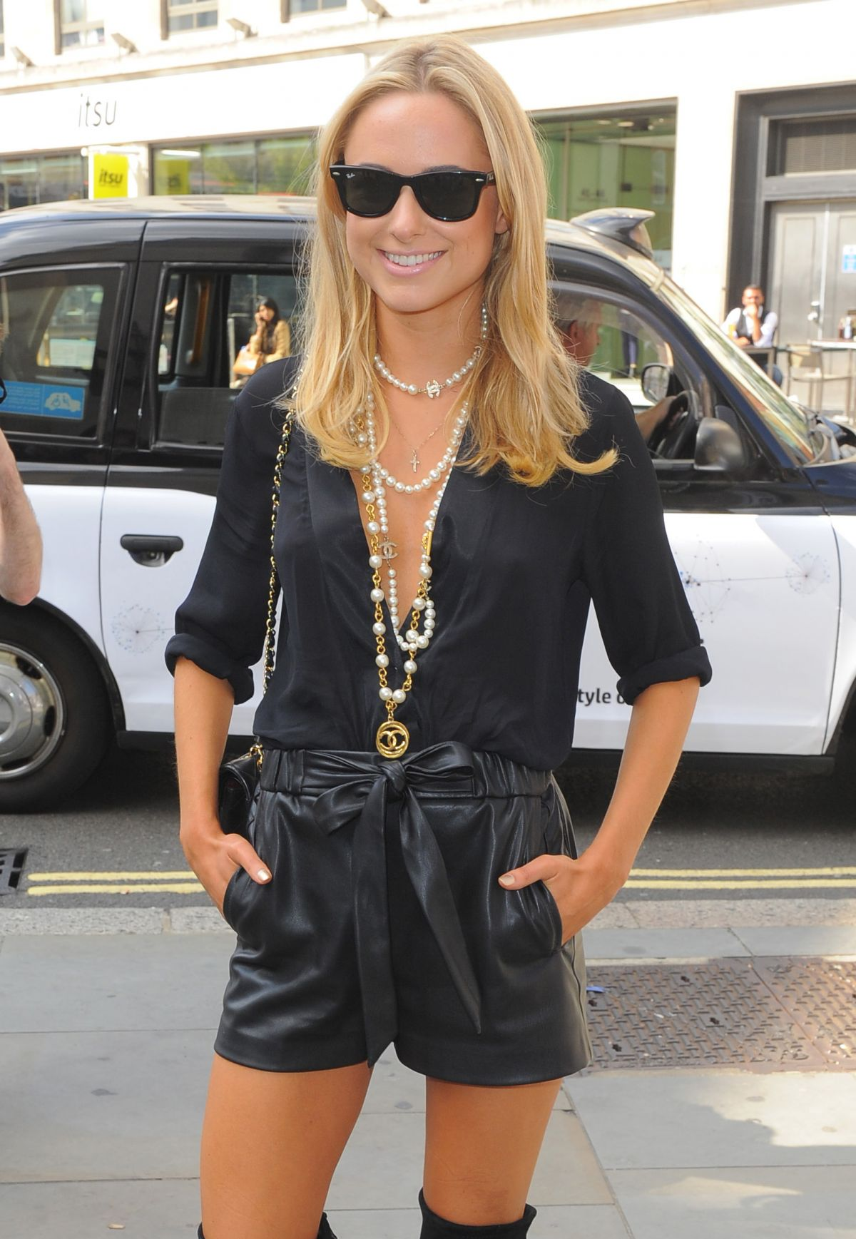 KIMBERLY omerset house for london fashion week - 12/09/2014