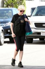 KIRSTEN DUNST in Tights Leggings Arrives at a Gym in Los Angeles 2909