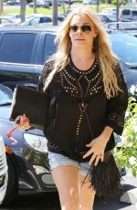 LEANN RIMES Arrives at Dentist Office in Calabasas