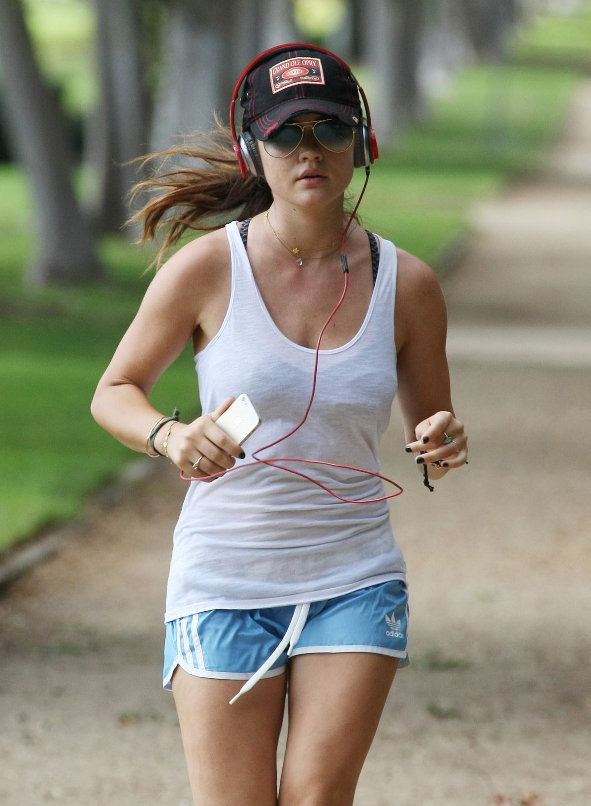 LUCY HALE Out Jogging in Los Angeles  HawtCelebs  HawtCelebs - Hairstyles For Girls For School