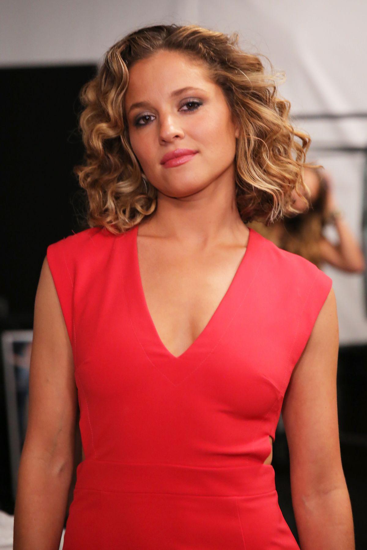 Jennifer Stewart,Smriti Irani (Smriti Malhotra) Erotic movies Shelby Young,Iris Cantor