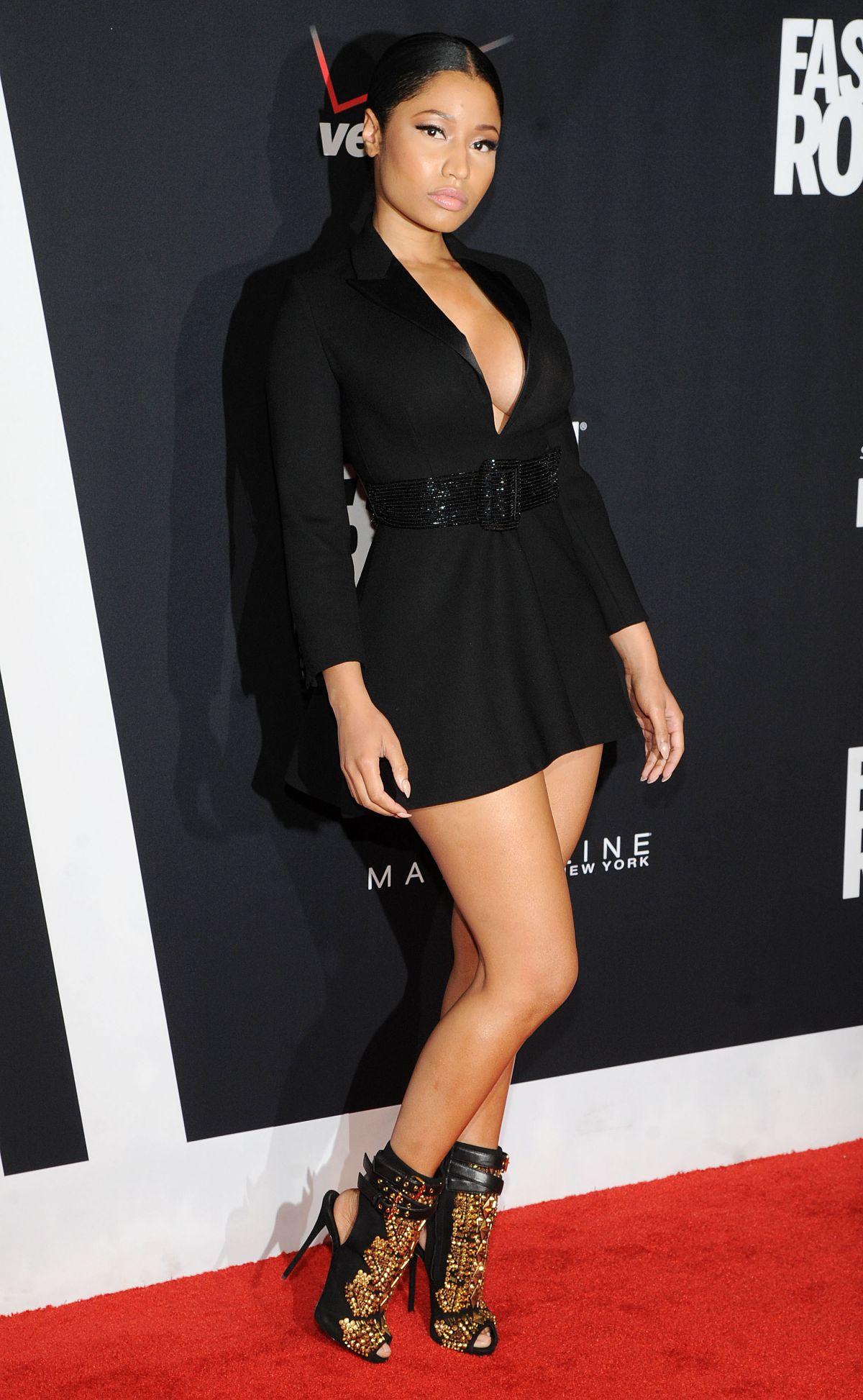 NICKI MINAJ at Fashion Rocks 2014 in New York - HawtCelebs