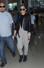 NICOLE RICHIE Arrives at Los Angeles International Airport