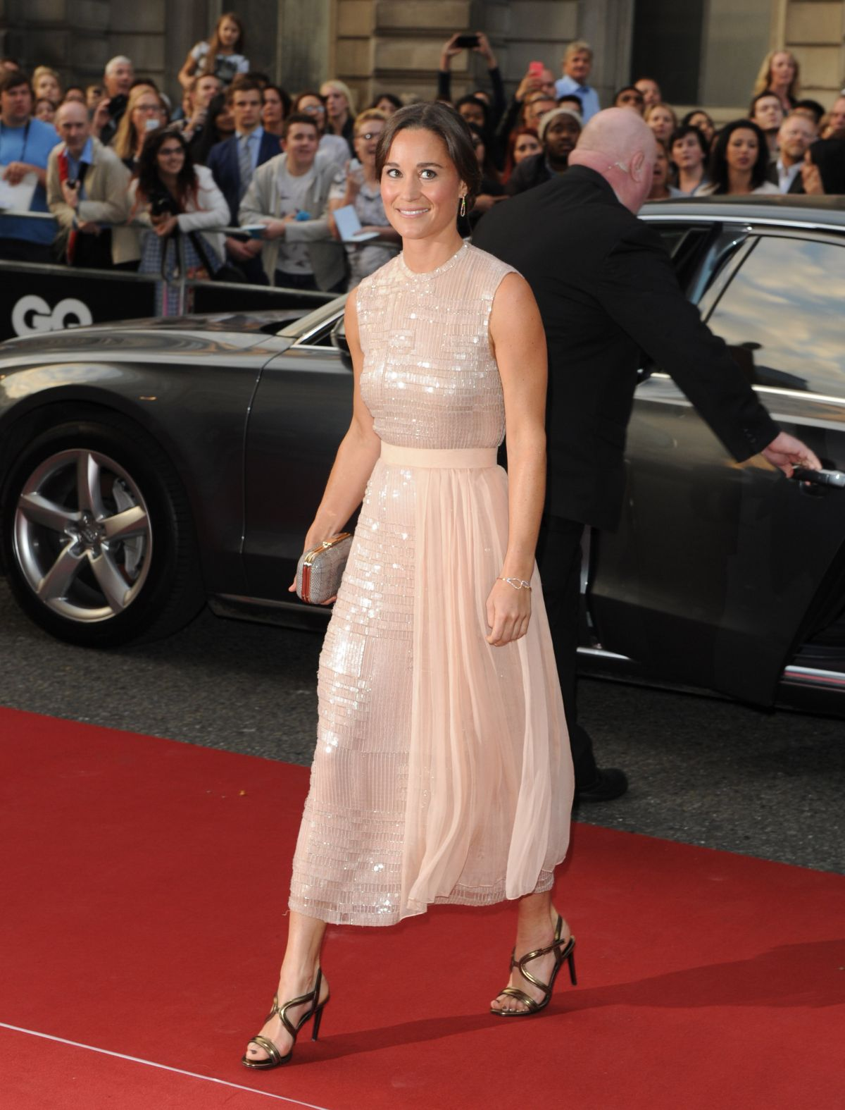 PIPPA MIDDLETON at 2014 GQ Men of the Year Awards in London