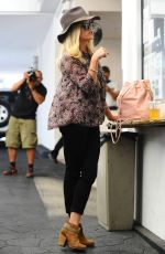 REESE WITHERSPOON Arrives at Rossano Ferretti Hairspa in Beverly Hills
