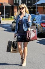 REESE WITHERSPOON Out and About in Los Angeles 2309