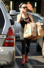 REESE WITHERSPOON Shopping at Whole Foods in Brentwood