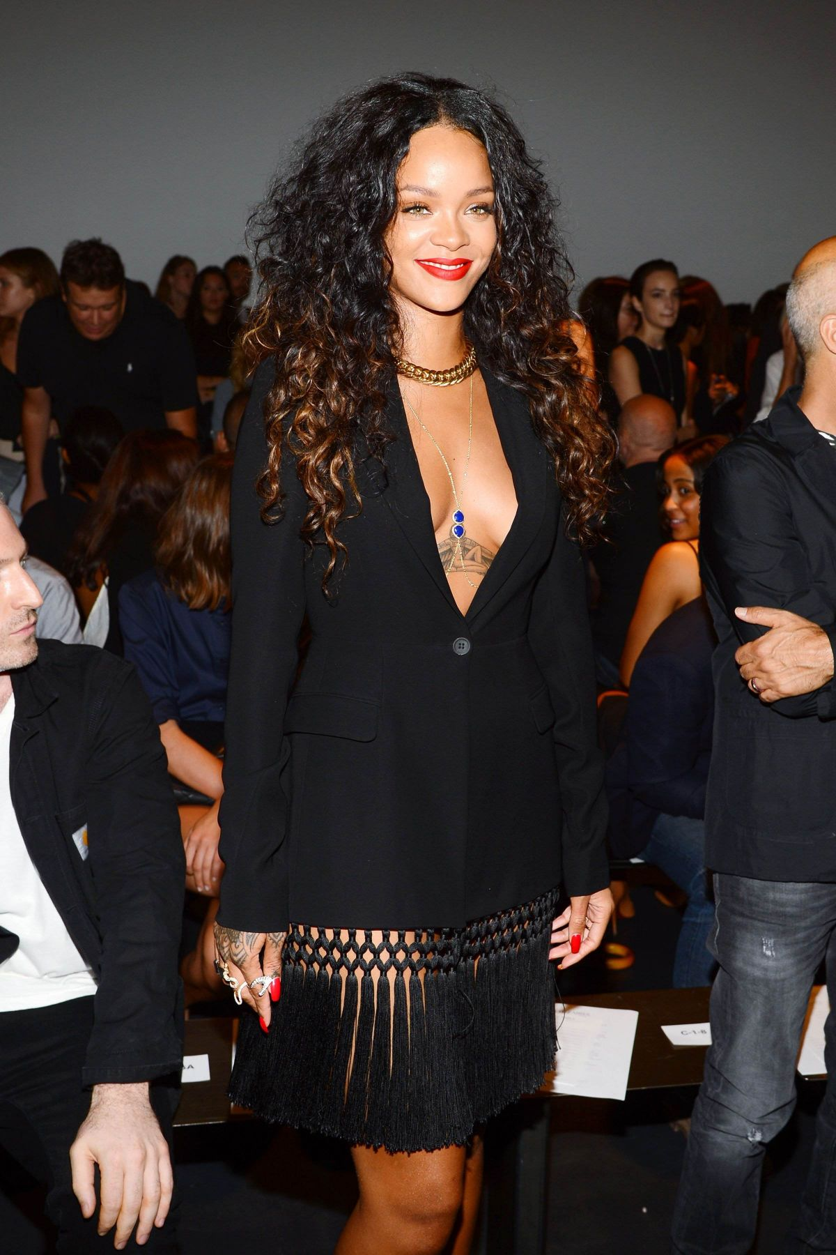 Rihanna At Altuzarra Fashion Show In New York Hawtcelebs Hawtcelebs