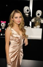 SAMMI HANRATTY at Snoopy and Belle in Fashion Event in New York