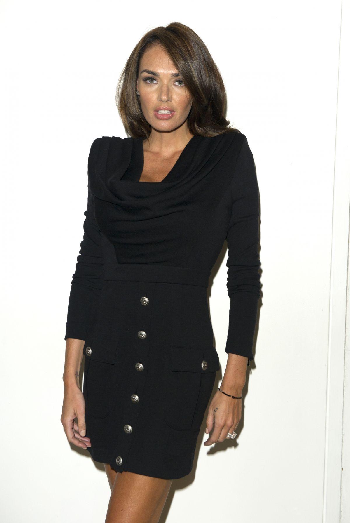 TAMARA ECCLESTONE at Julien Macdonald Fashion Show in London