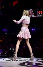 TAYLOR SWIFT at 2014 Iheart Music Festival in Las Vegas