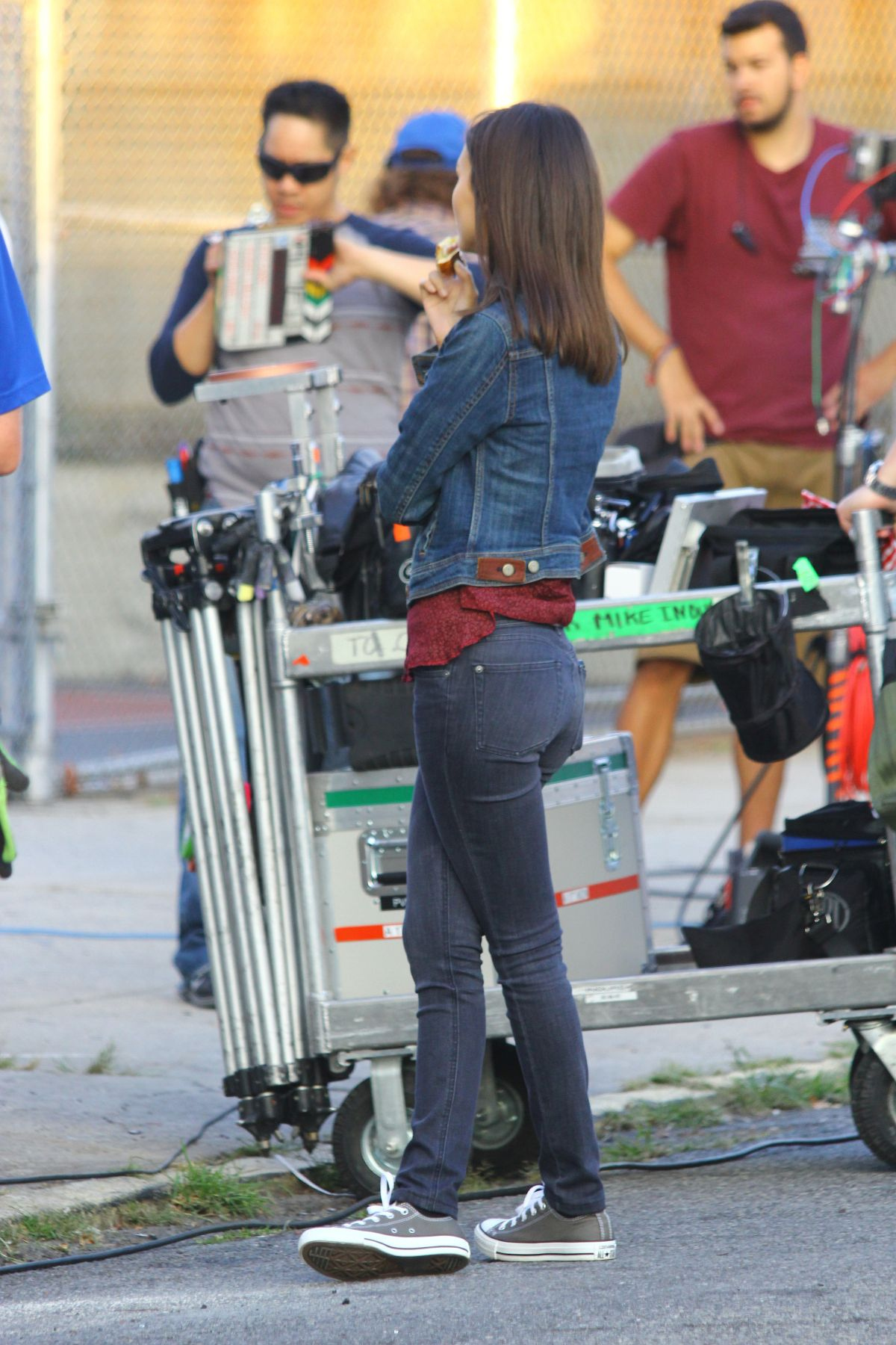 VICTORIA JUSTICE in Jeans on the Set of Eye Candy in Brooklyn