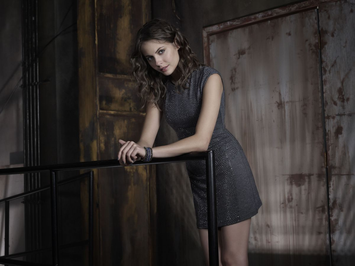 WILLA HOLLAND - Arrow Season 2 Promos
