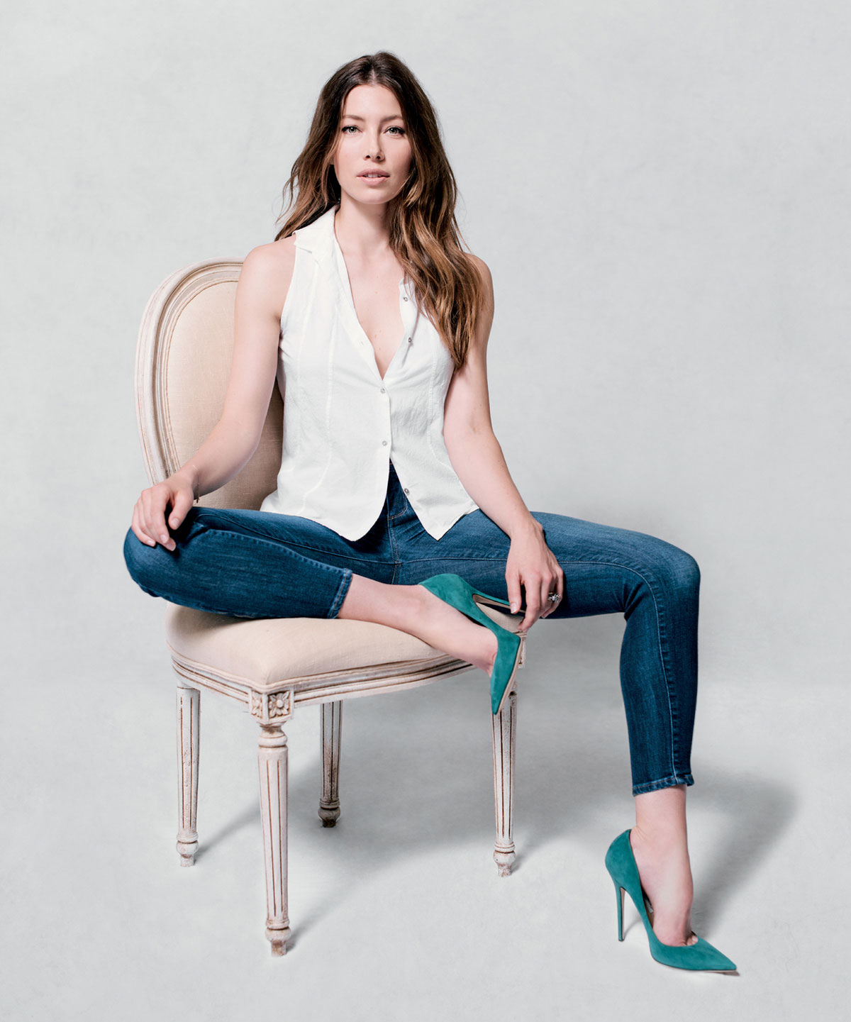JESSICA BIEL - 2014 Jeff Vespa The Art of Discovery Photoshoot ...