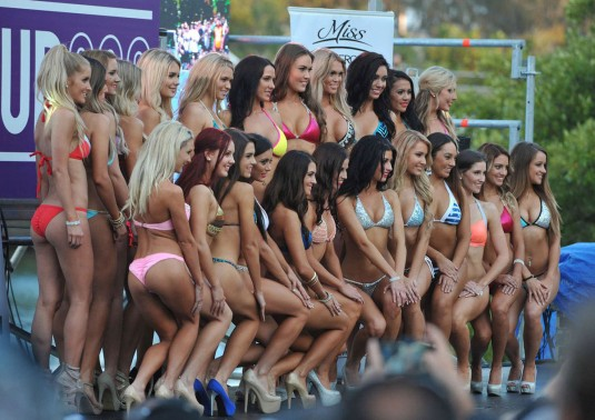 Miss V8 Supercar Bikini