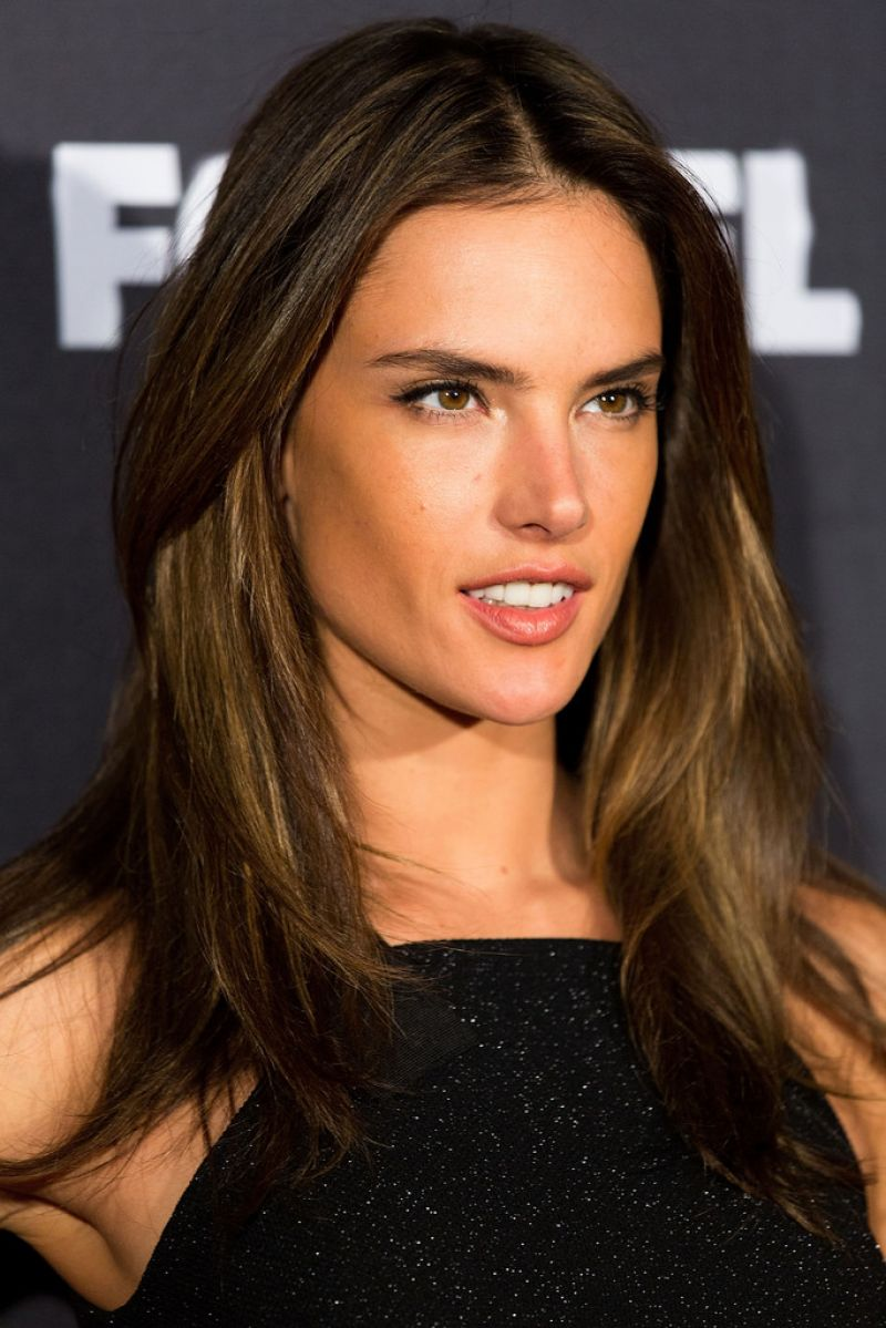 Alessandra Ambrosio Hair Color 2014