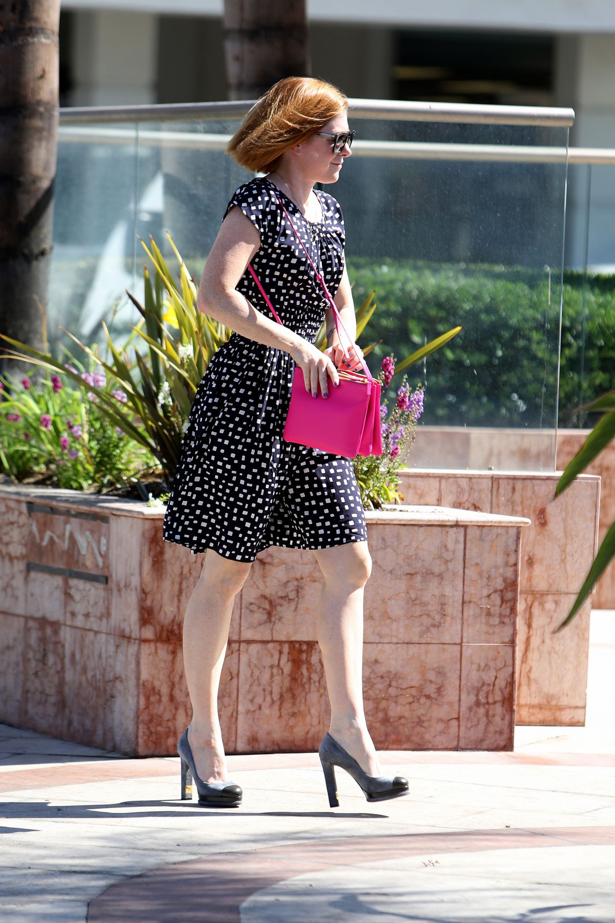 ALYSON HANNIGAN Out and About in Los Angeles 1310