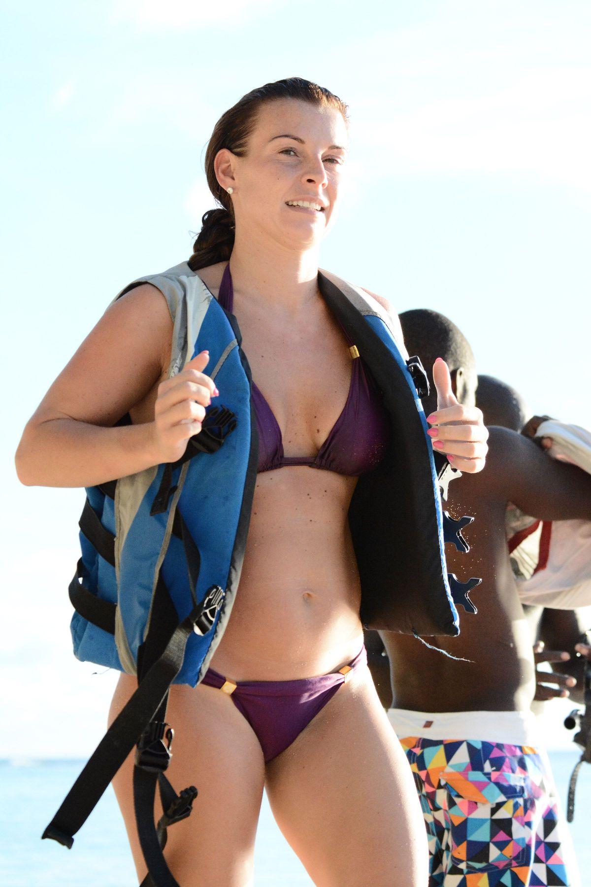 Coleen mc loughlin bikini — photo 7