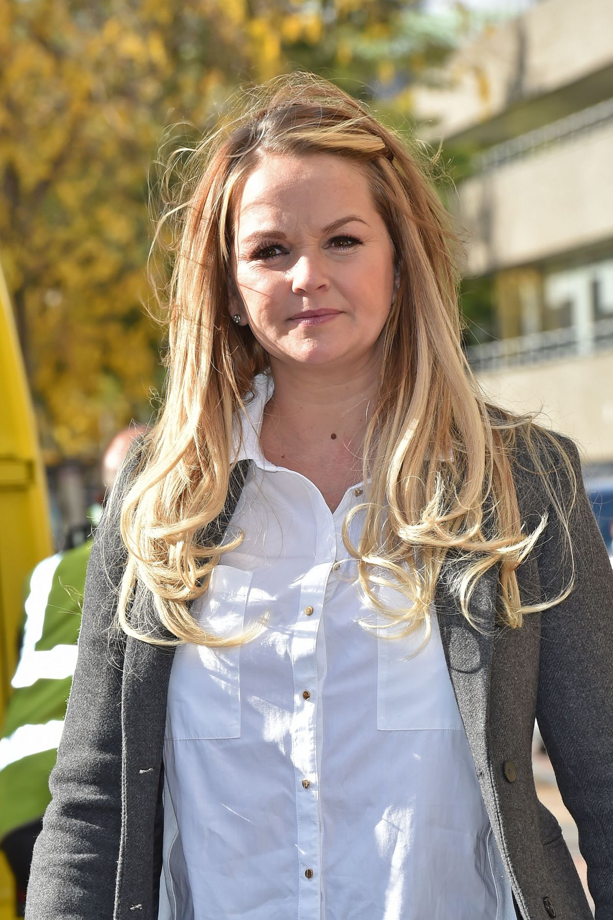 JENNIFER ELLISON leaves a Studios in London 2010