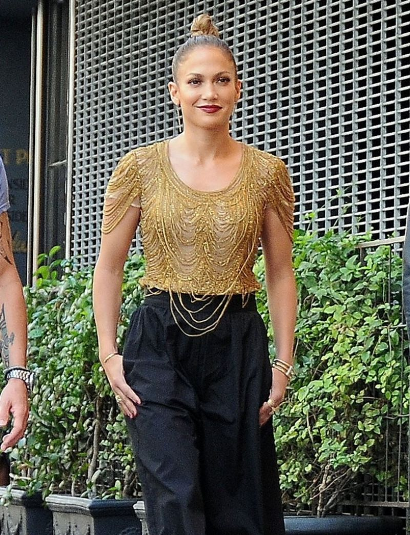 JENNIFER LOPEZ Arrives on the Set of American Idol in Hollywood