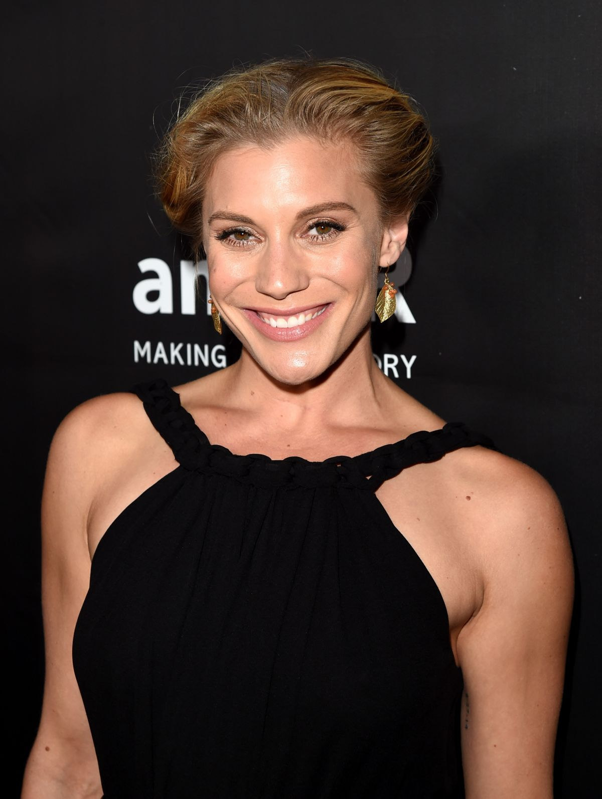 how tall is katee sackhoff