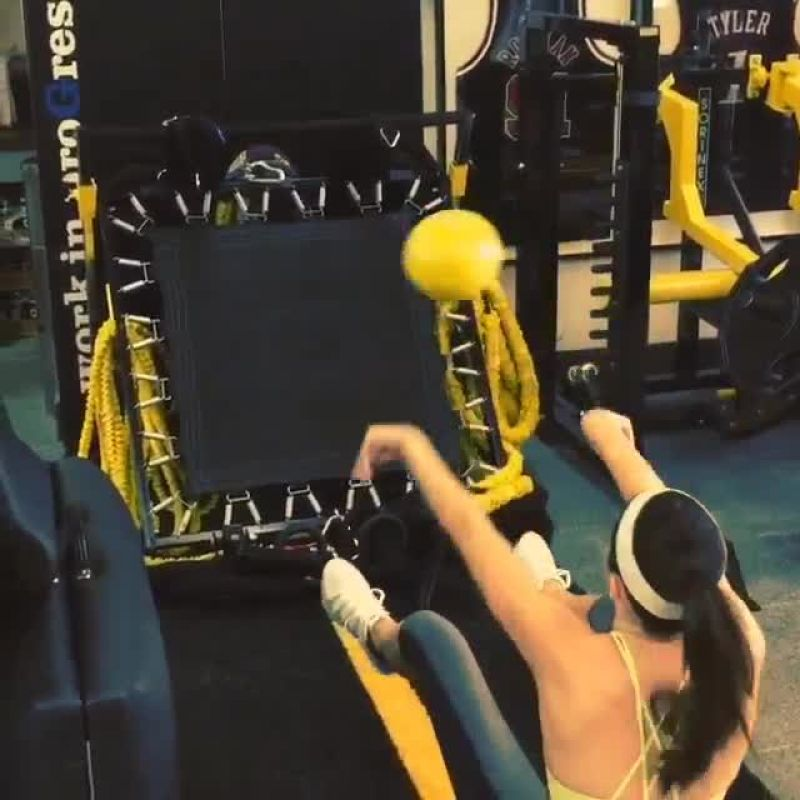 Kendall jenner working out 5