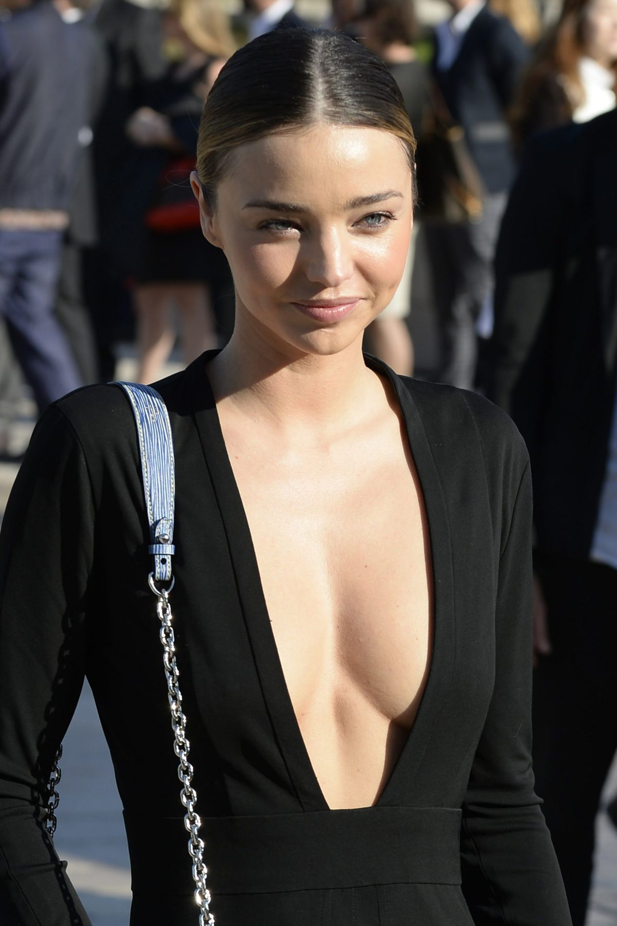 Miranda Kerr At Louis Vuitton Fashion Show In Paris