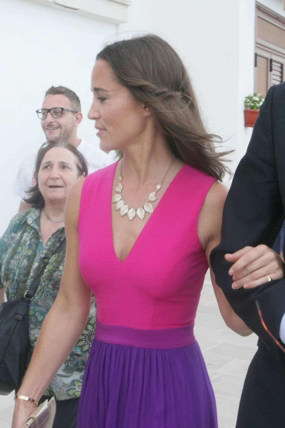 PIPPA MIDDLETON at an Wedding in Italy