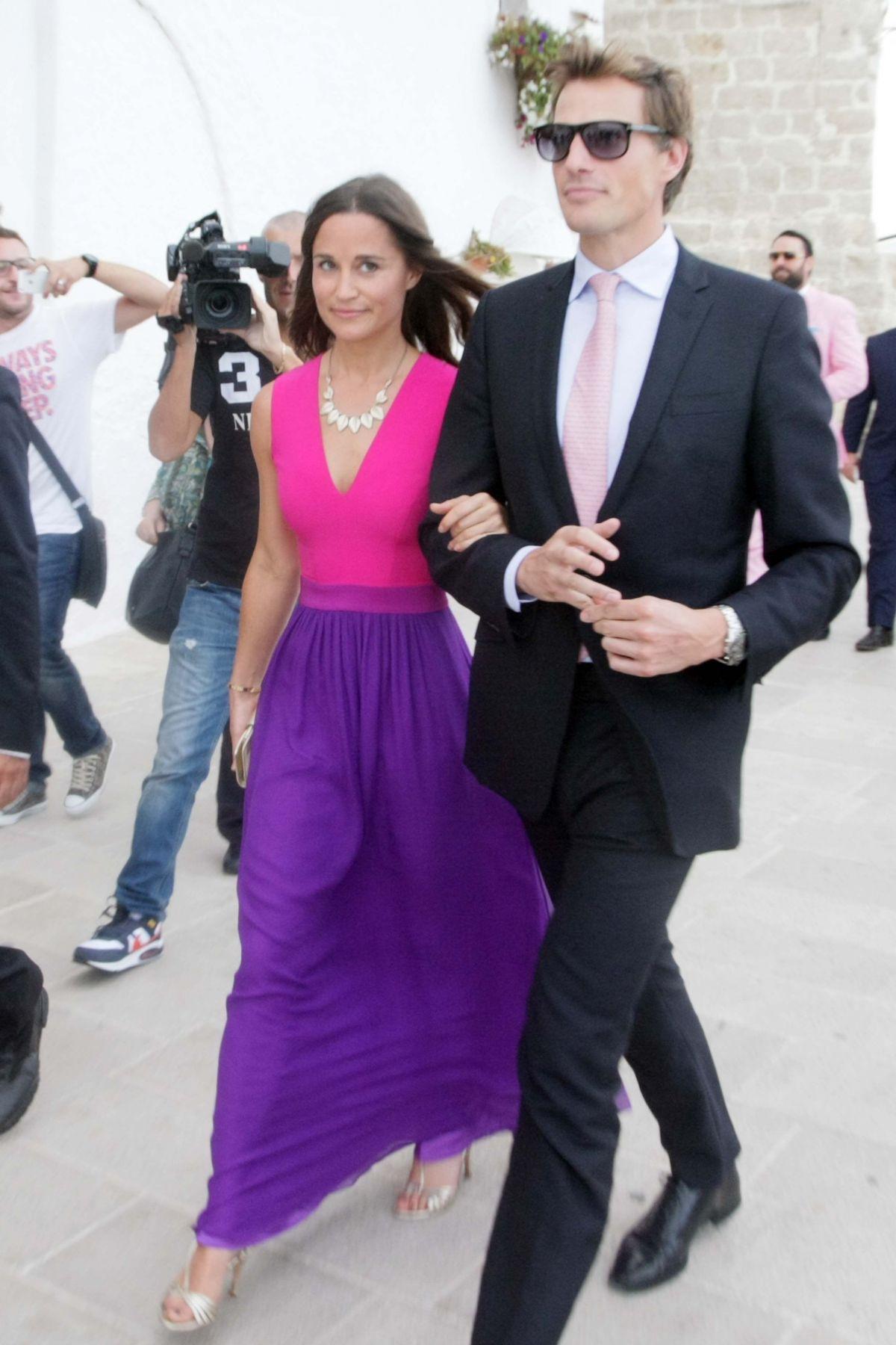Lujoso Pippa Wedding Dress Ideas Ornamento Elaboración Festooning ...
