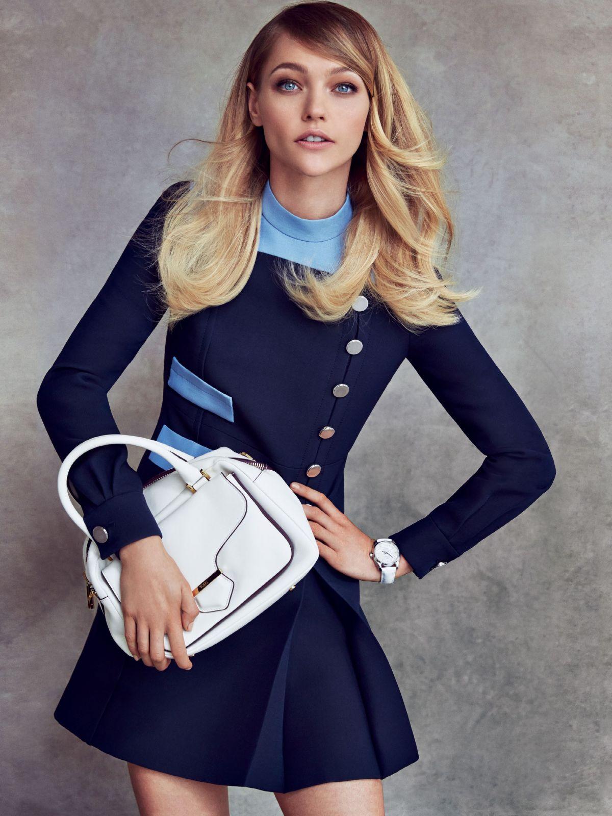 SASHA PIVAROVA - Patrick Demarchelier Photoshoot for Vogue