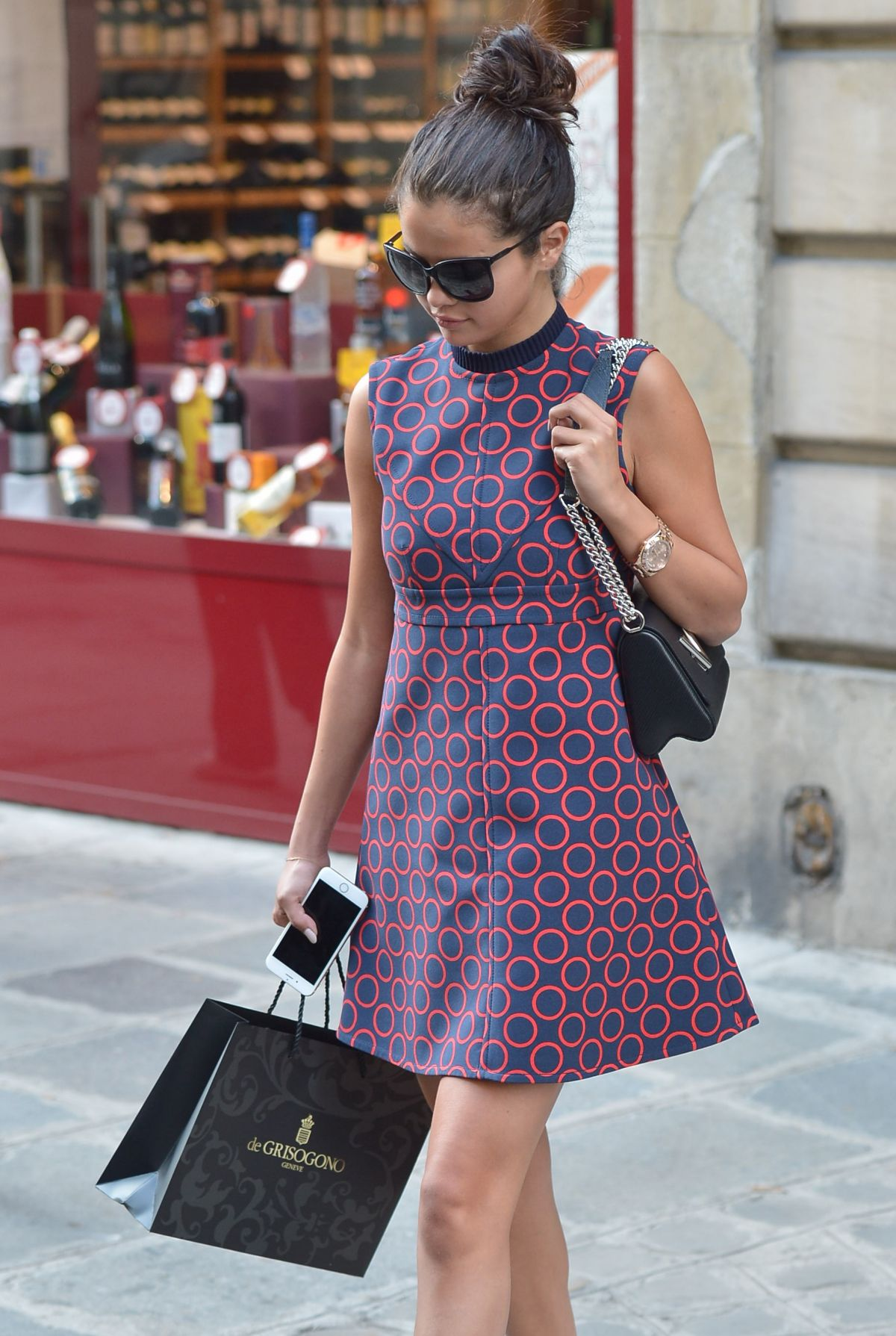 SELENA GOMEZ Out and About in Paris 3009
