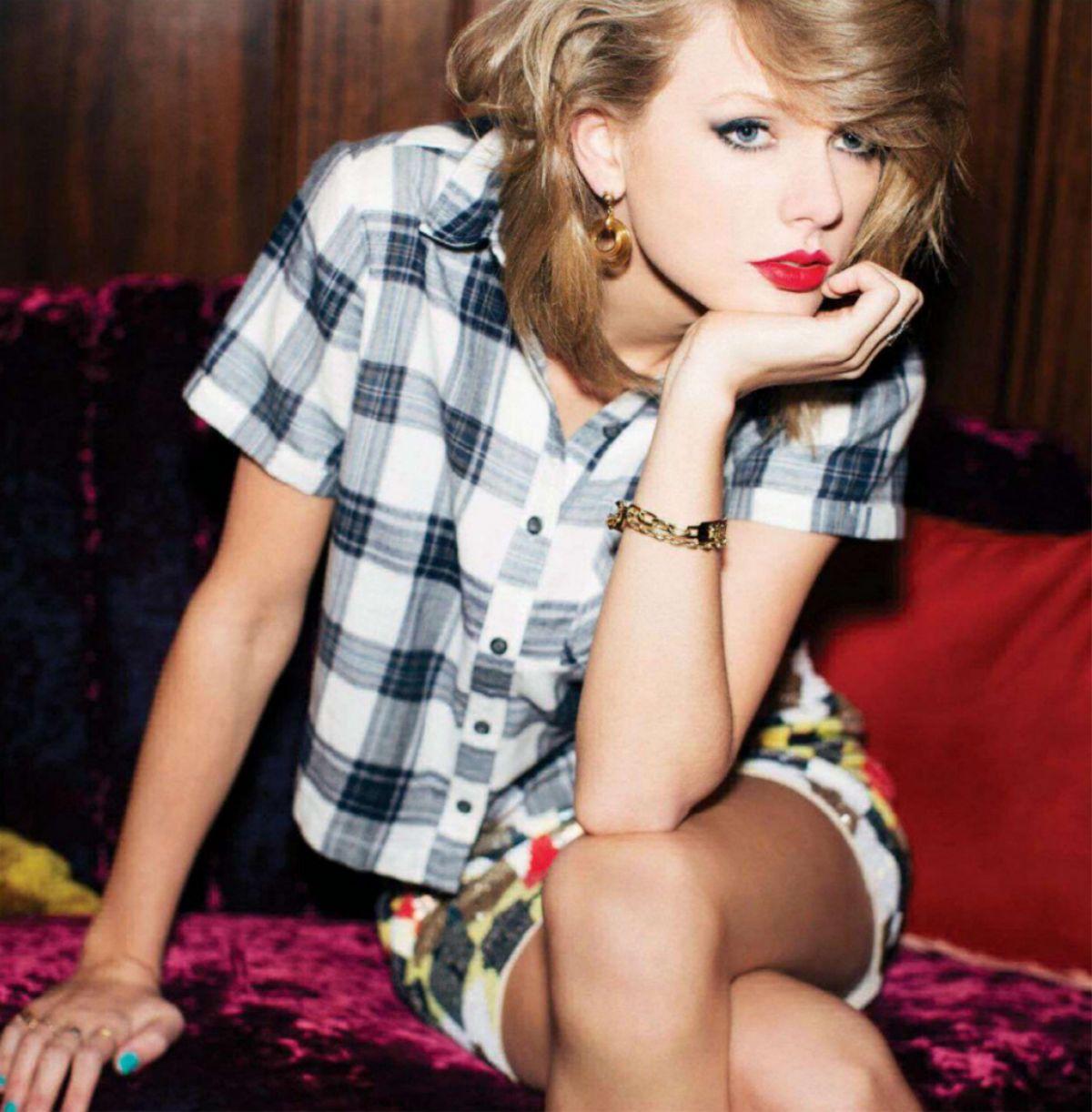 TAYLOR SWIFT in Billboard Magazine, November 2014 Issue