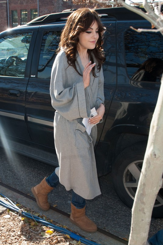 ELIZABETH GILLIES Out in New York
