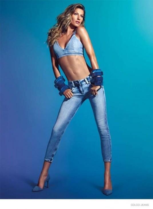 GISELE BUNDCHEN in Colcci Jeans