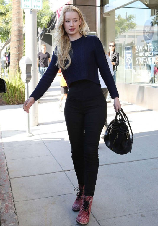 IGGY AZALEA Out in Los Angeles