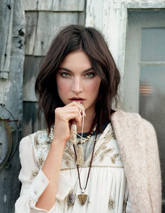 JACQUELYN JABLONSKI by Matt Jones for Elle Magazine