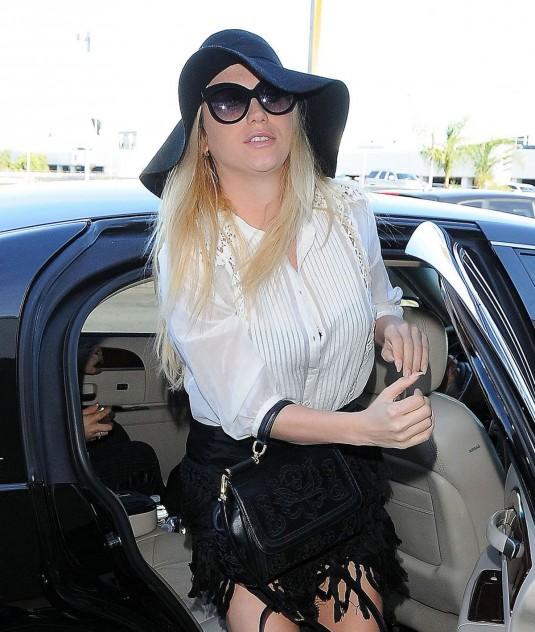 KESHA Arrives at LAX Airport