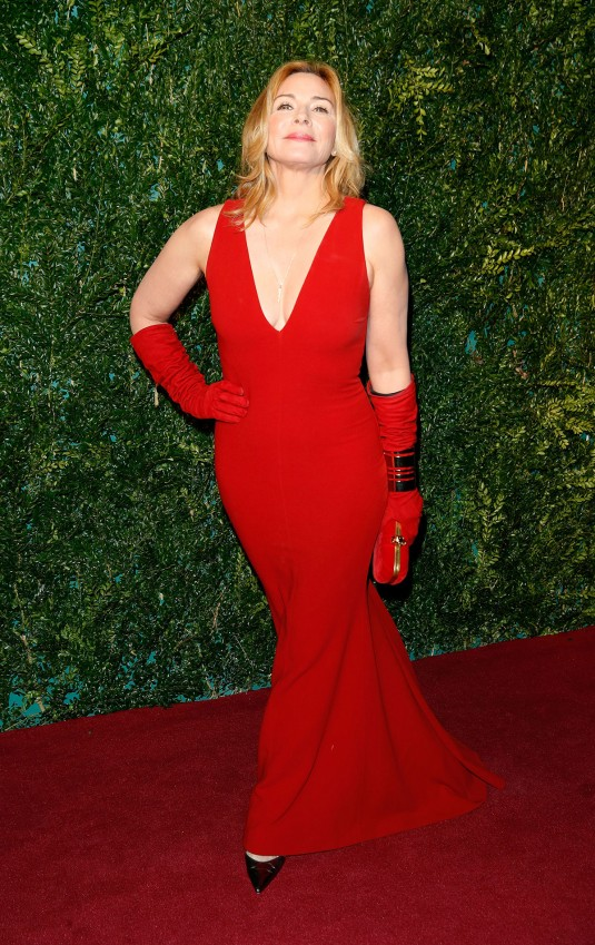 KIM CATTRALL at Evening Standard Theatre Awards in London