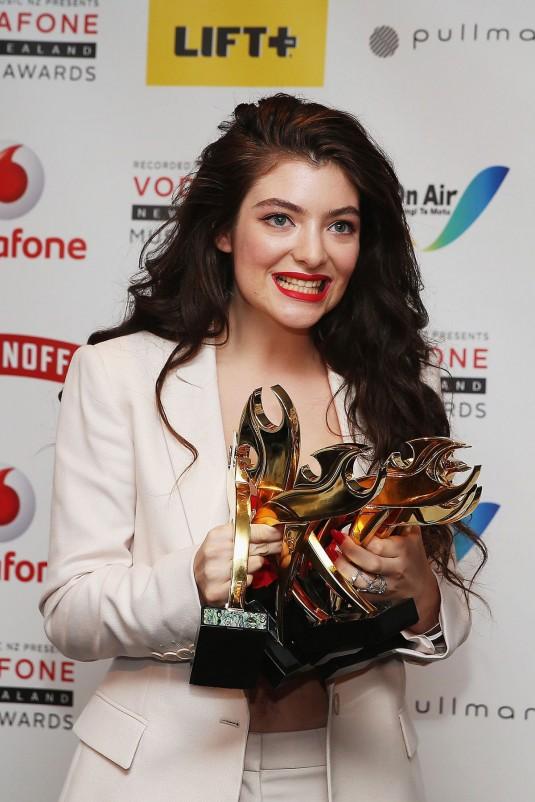 LORDE at New Zealand Music Awards