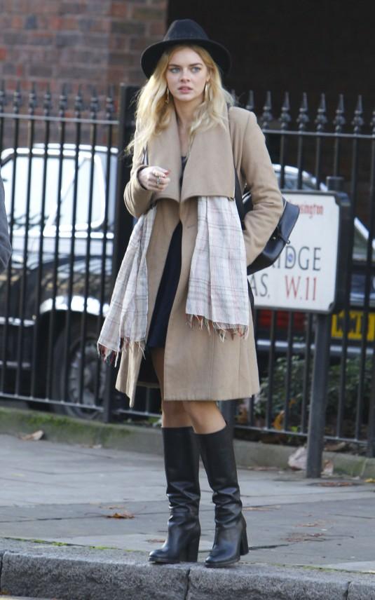 SAMARA WEAVING Out in London